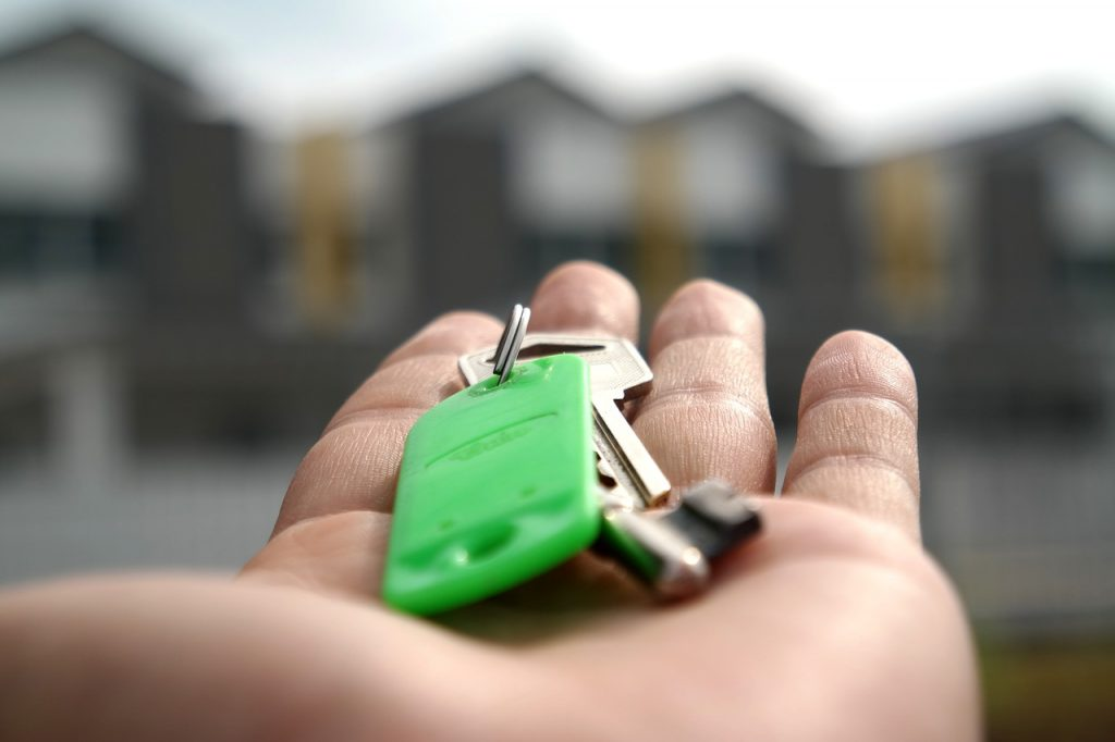 hypotéka-pre-mladých-1-1024x682 Hypotéka pre mladých, aké sú podmienky získania?