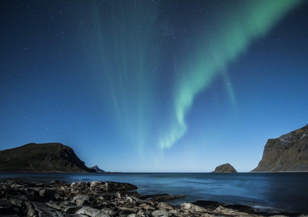 aurora-borealis-lofoten-norway-night-1024x722 Krajiny s TOP podmienkami pre hypotéky a úvery do 1 %