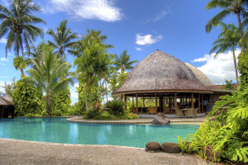 resort-213151_1280-1024x682 Krajiny s TOP podmienkami pre hypotéky a úvery do 1 %