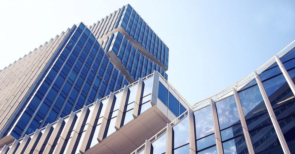 budova1-1024x536 Podľa čoho si vyberať virtuálne sídlo?