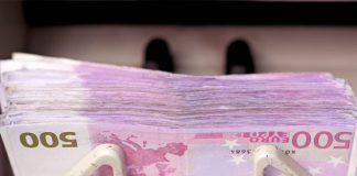 20028_peniaze-pocitadlo-euro-bankovky-gettyimages-640x420-324x160 Úvod