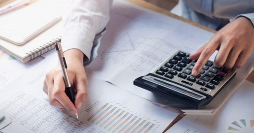 2-1024x536 Investovanie do akcií v roku 2021: Ako na to?