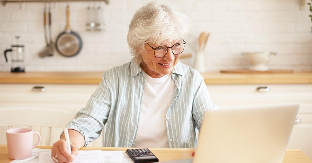 4-1024x536 Prečo sa zaujímať o dôchodkové sporenie už v mladom veku?